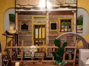 Decoraci n viejo oeste cazafiestas luz y sonido en for Casa decoracion zona oeste