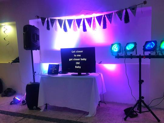 Karaoke profesional cazafiestas luz y sonido en guadalajara dj para fiestas - Karaoke en casa ...